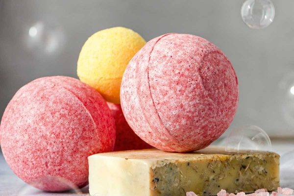 DIY Fizzy Egg Bath Bombs
